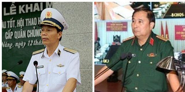 Từ trái qua, Chuẩn Đô đốc Hải quân Nguyễn Trọng Bình và Trung tướng Phùng Sĩ Tấn, Tư lệnh Quân khu 2 cùng được bổ nhiệm làm Phó Tổng tham mưu trưởng. Ảnh: dantri.com.vn