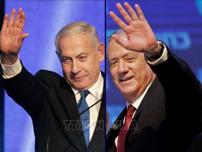 Thủ tướng Israel Benjamin Netanyahu (trái) và lãnh đạo đảng liên minh Xanh-Trắng Benny Gantz. Ảnh: AFP/TTXVN