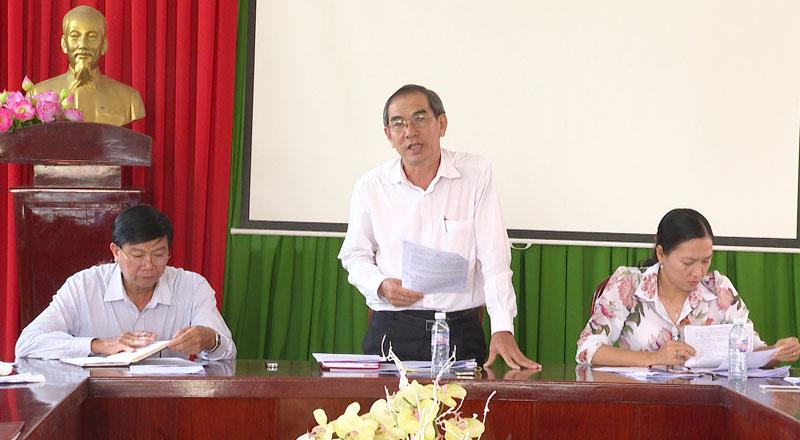 Ông Đặng Ngọc Anh - Trưởng ban Văn hóa - Xã HĐND tỉnh phát biểu kết luận giám sát. Ảnh: Minh Mừng