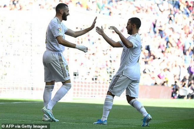 Benzema và Hazard ghi bàn ở những thời điểm quan trọng cho Real Madrid trước Granada.