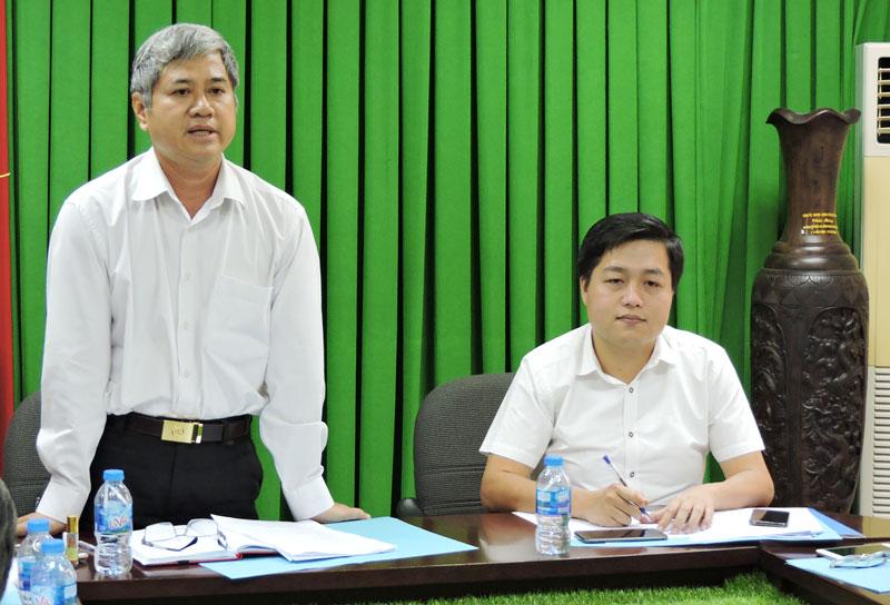 Phó chủ tịch UBND tỉnh Nguyễn Văn Đức phát biểu tại buổi làm việc.
