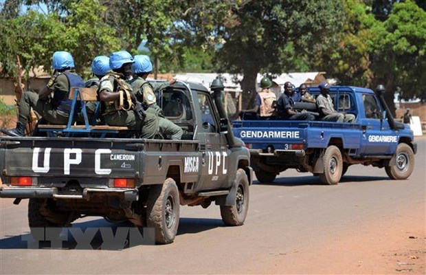 Lực lượng gìn giữ hòa bình của LHQ tại CH Trung Phi (MINUSCA) làm nhiệm vụ tại Bangui, CH Trung Phi, ngày 2-10-2014. Ảnh: AFP/ TTXVN