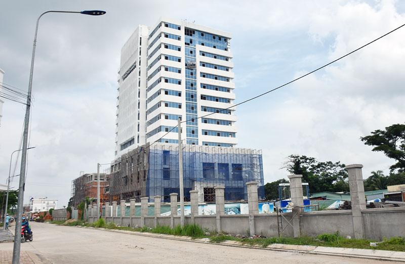 Tòa nhà 6 sở khu dân cư Hưng Phú, TP. Bến Tre đã cơ bản hoàn thành, dự kiến sẽ bàn giao vào đầu năm 2020.