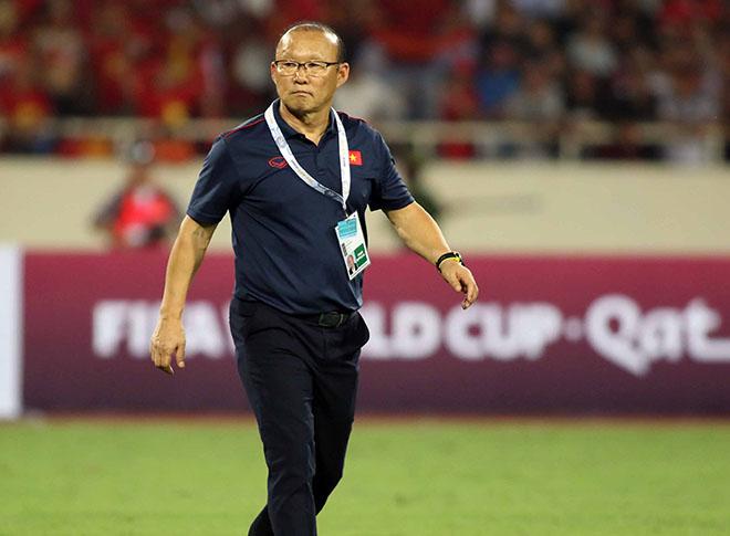 Thầy Park thở phào với chiến thắng