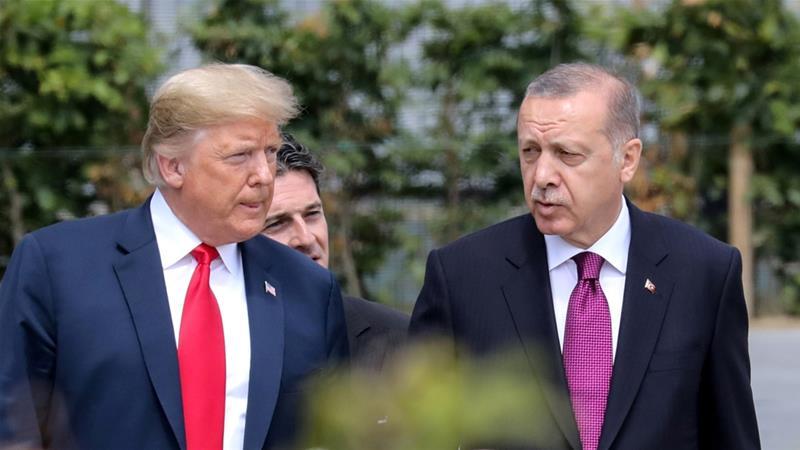Tổng thống Mỹ Donald Trump (trái) và Tổng thống Thổ Nhĩ Kỳ Tayyip Erdogan. Ảnh: aljazeera