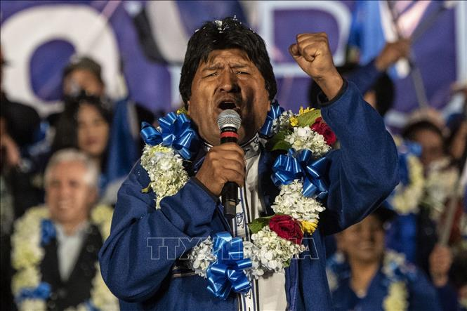 Tổng thống Bolivia Evo Morales phát biểu trong cuộc vận động tranh cử ở El Alto ngày 16-10-2019. Ảnh: AFP/TTXVN