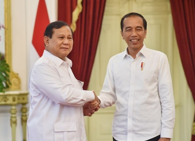 Lãnh đạo phe đối lập tại Indonesia Prabowo Subianto (trái) và Tổng thống Joko Widodo. Nguồn: kumparan