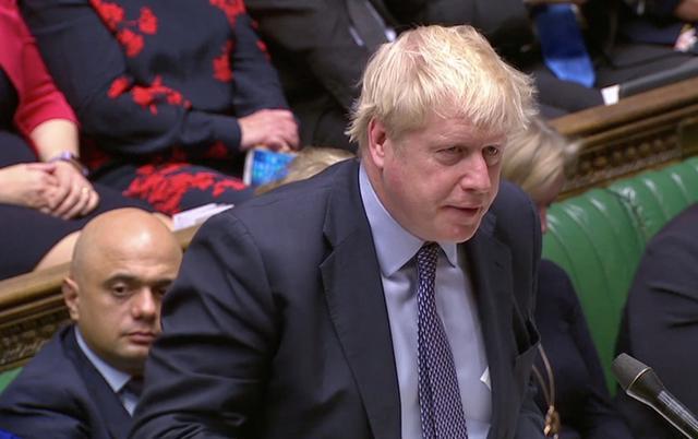 Thủ tướng Anh Boris Johnson phát biểu tại phiên thảo luận của Quốc hội về Brexit. Ảnh: Reuters