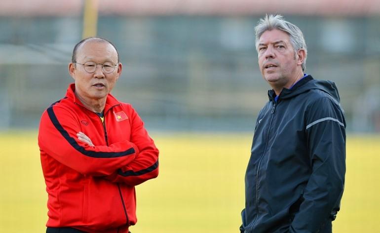 GĐKT Gede ủng hộ ông Park gọi một số cầu thủ U21