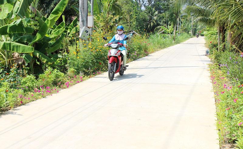 Đường nông thôn ĐA.04 ấp Phú Tự, xã Phú Hưng.