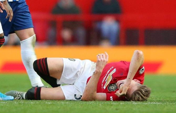 McTominay bị chấn thương mắt cá chân