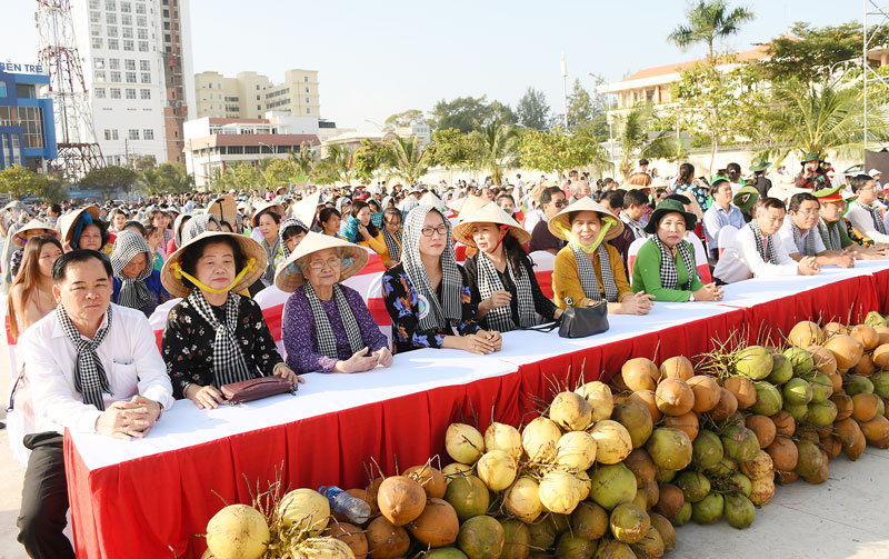 Các đại biểu dự ngày hội.