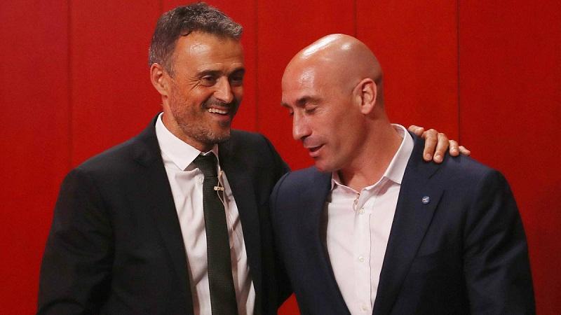 HLV Luis Enrique sẽ trở lại đội tuyển Tây Ban Nha