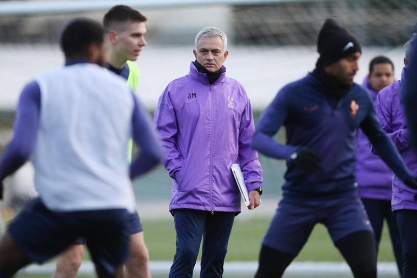 Mourinho cùng Tottenham sẽ lần lượt chạm trán các đối thủ lớn