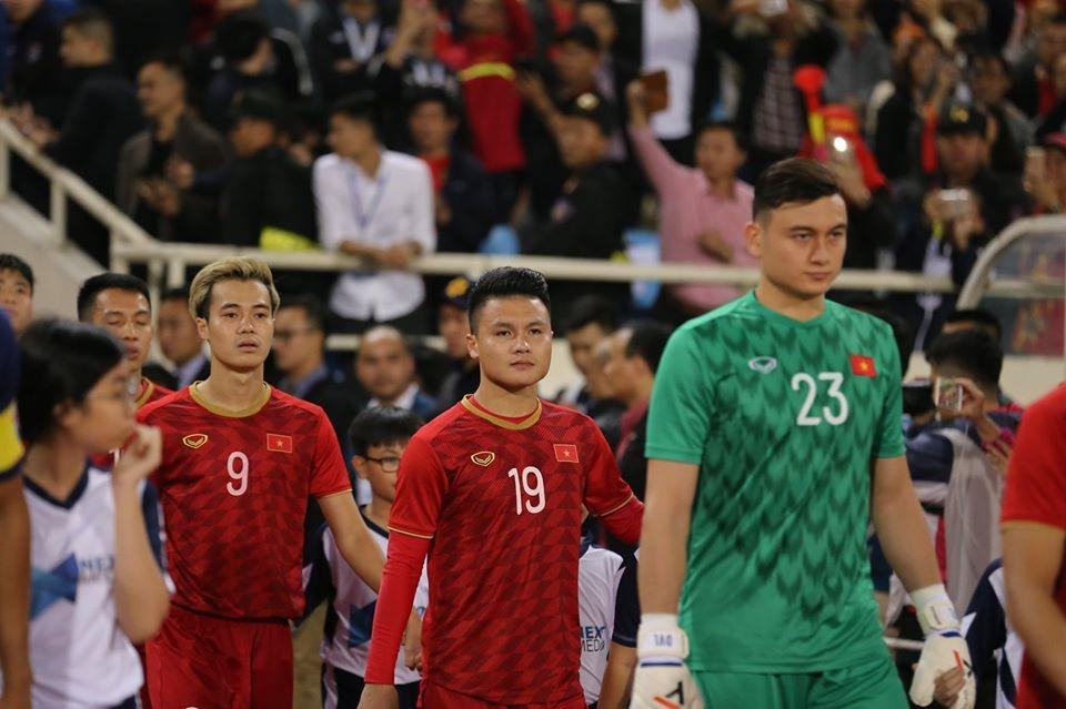 Quang Hải nhận được sự tin tưởng của đồng đội. Ảnh: Văn Hải