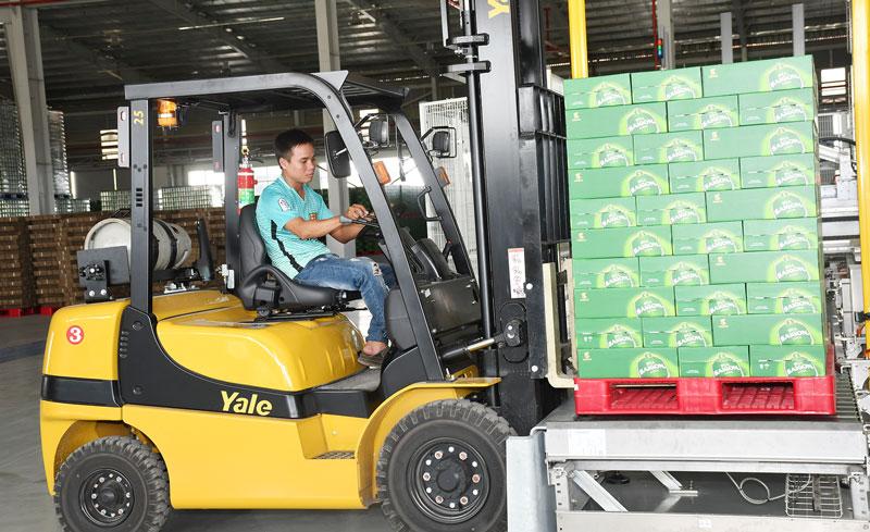 Phát triển mới doanh nghiệp công nghiệp tạo việc làm ổn định cho lao động địa phương.