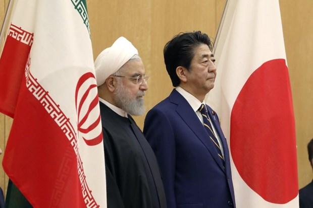 Thủ tướng Nhật Bản Shinzo Abe và Tổng thống Iran Hassan Rouhani tại Tokyo ngày 20-12-2019. (Nguồn: AP)