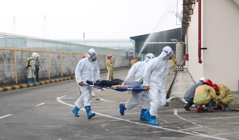 Lực lượng ứng phó sử cố hóa chất tại Công ty TNHH Thế Giới Việt