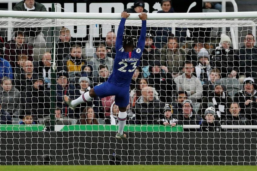 Hàng công Chelsea gây thất vọng trước Newcastle