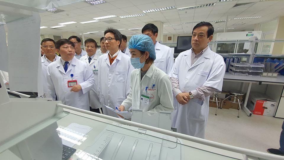 Bộ Y tế kiểm tra công tác phòng chống dịch của các cơ sở y tế. Ảnh: BYT