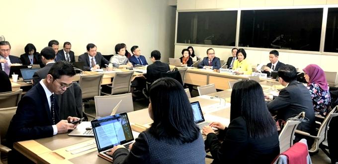 Đại sứ đặc mệnh toàn quyền Lê Thị Tuyết Mai, Trưởng Phái đoàn thường trực Việt Nam tại Giơ-ne-vơ chủ trì phiên họp đầu tiên với vai trò Chủ tịch Ủy ban điều phối ASEAN tại Giơ-ne-vơ (ACG) về công tác của WTO.