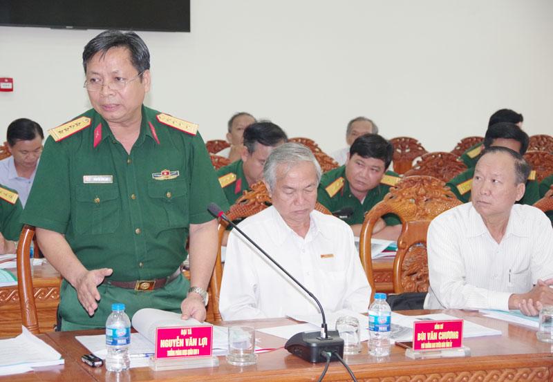 Các đại biểu đóng góp tại hội thảo