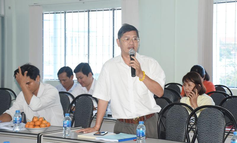 Đại biểu góp ý triển khai đề tài