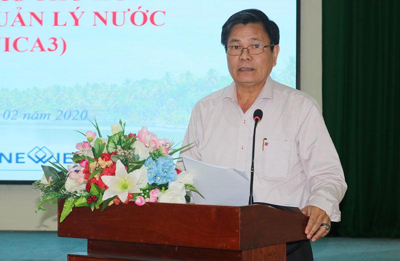 Phó chủ tịch UBND tỉnh Nguyễn Hữu Lập phát biểu tại hội nghị.