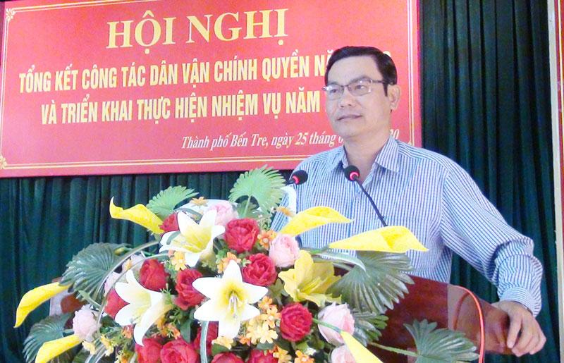 Phó chủ tịch UBND thành phố Nguyễn Văn Thương phát biểu kết luận hội nghị