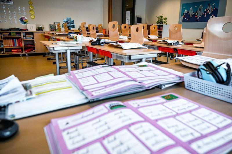 Nhiều trường học ở châu Á đã phải đóng cửa nhằm ngăn chặn sự lây lan của đại dịch Covid-19. Ảnh: AFP