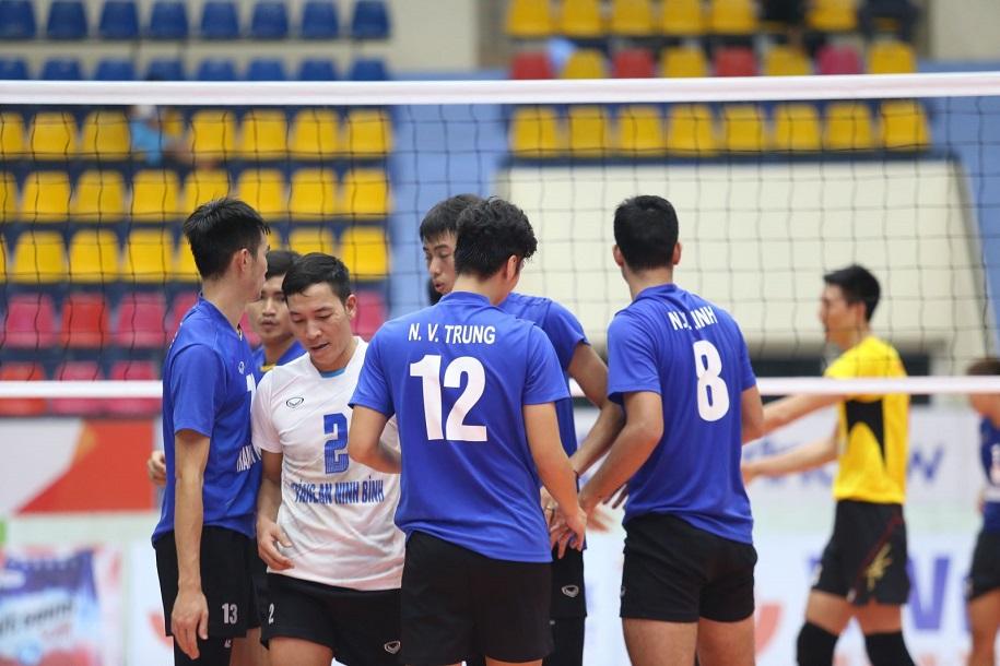 Một trận đấu của Tràng An Ninh Bình tại Cúp Hoa Lư