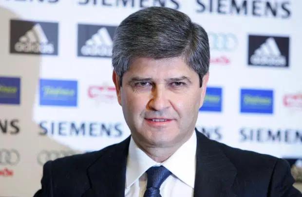 Cựu Chủ tịch Real Madrid, Fernando Martin đang được chăm sóc đặc biệt sau khi nhiễm COVID-19
