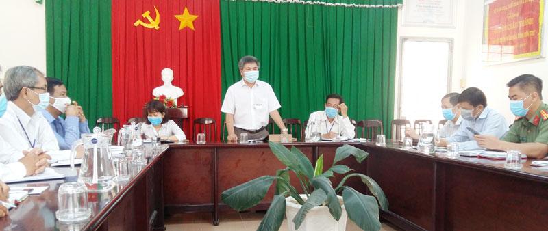Ông Dương Văn Phúc - Chủ tịch UBND huyện phát biểu chỉ đạo