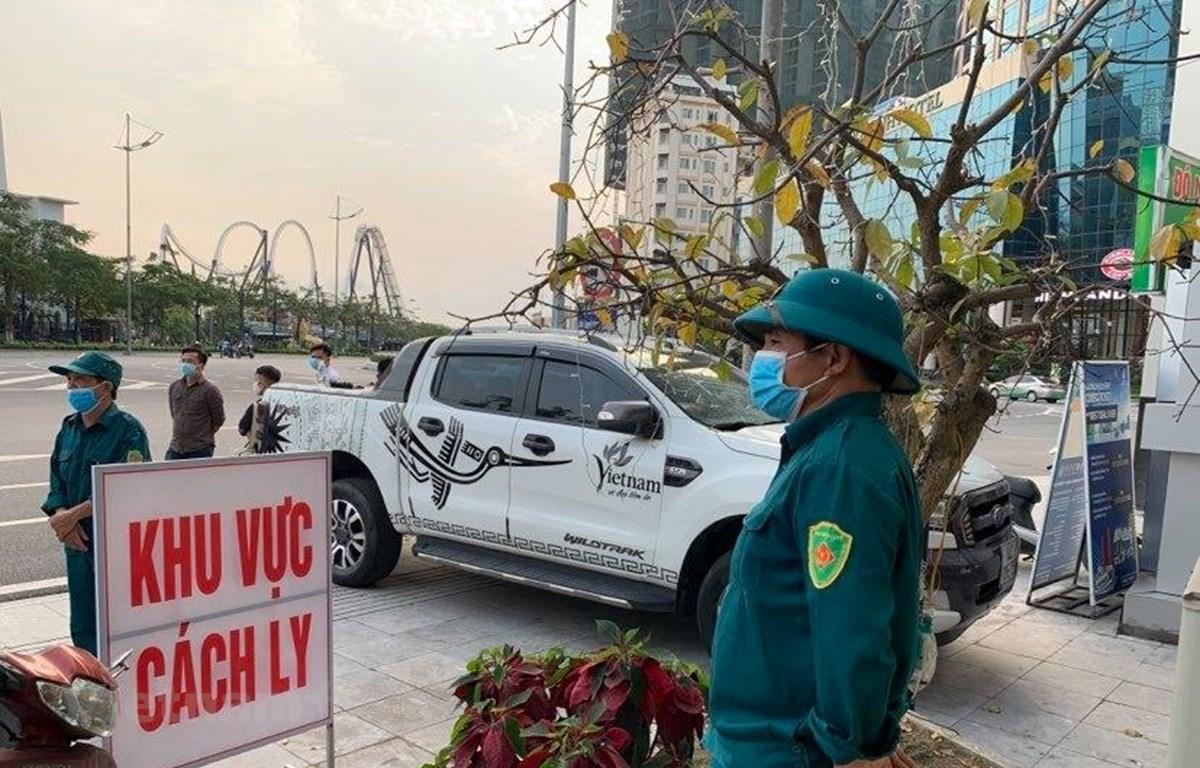 Khu vực cách ly nhiều người tại Khách sạn Bưu điện, tỉnh Quảng Ninh. (Ảnh: Thuỳ Giang/Vietnam+)