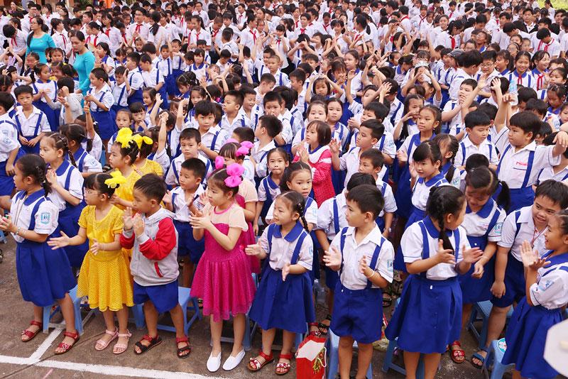 Học sinh, sinh viên toàn tỉnh tiếp tục nghỉ học đến khi có thông báo mới.