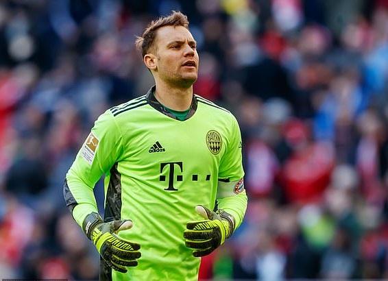 Chelsea đang muốn có Neuer thay thế Kepa
