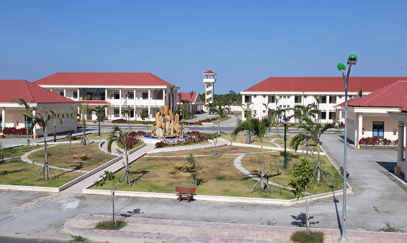 Một góc Trường Quân sự tại xã Châu Bình, huyện Giồng Trôm. Ảnh: Sơn Võ