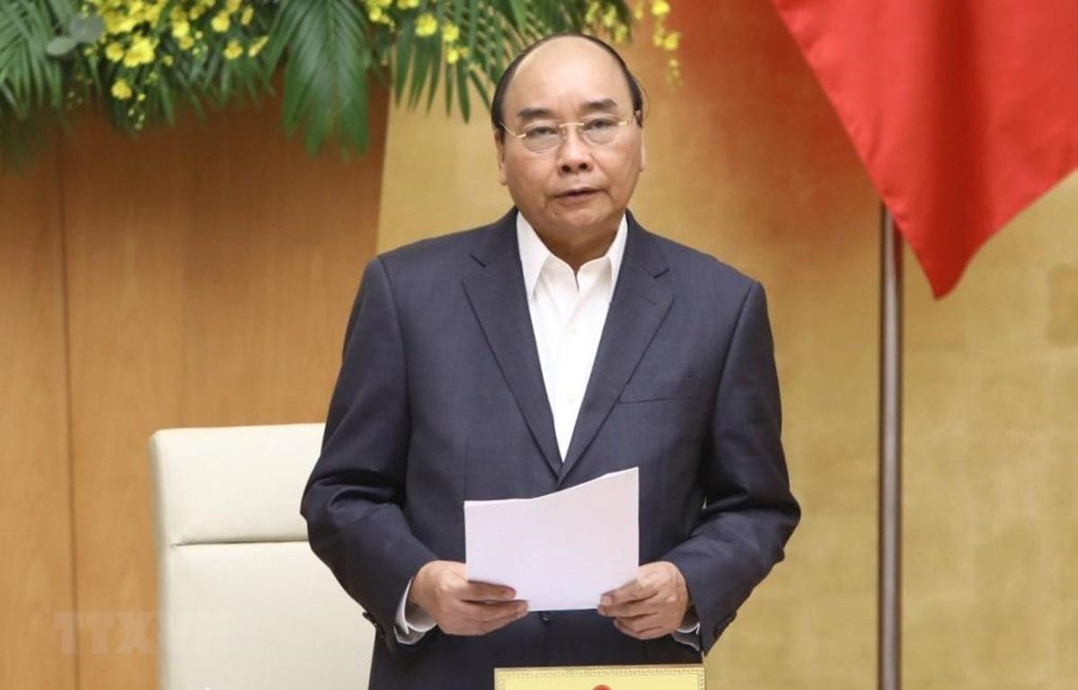Thủ tướng Chính phủ vừa ký Quyết định về việc công bố dịch COVID-19. Ảnh: Văn Điệp/TTXVN