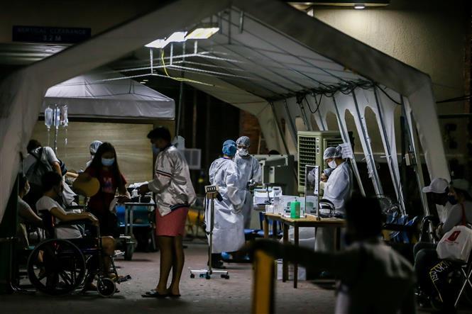 Khu vực điều trị cho bệnh nhân nhiễm COVID-19 tại Manila, Philippines, ngày 28-3-2020. Ảnh: THX/TTXVN