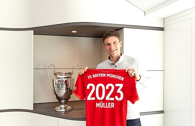 Muller đã gia hạn hợp đồng với Bayern Munich đến năm 2023