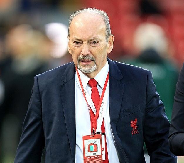 Giám đốc điều hành Peter Moore xác nhận Liverpool sẽ không nhờ Chính phủ trả lương cho nhân viên