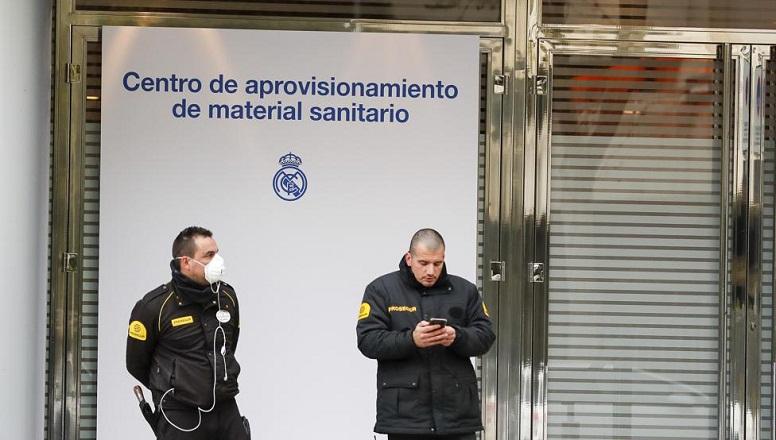 Sân Santiago Bernabeu đã được trưng dụng làm kho vật tư y tế chống COVID-19