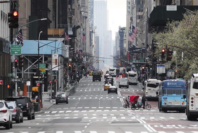 Một tuyến phố ở New York, Mỹ. Ảnh: THX/TTXVN