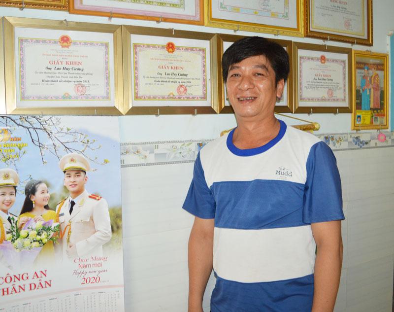 Anh Lao Huy Cường