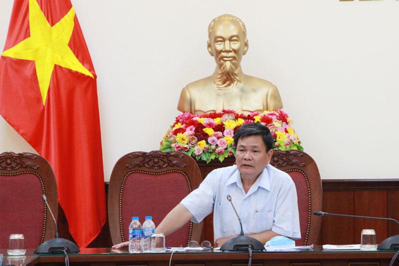 Phó chủ tịch UBND tỉnh Nguyễn Hữu Lập phát biểu kết luận. Ảnh: Trương Hùng