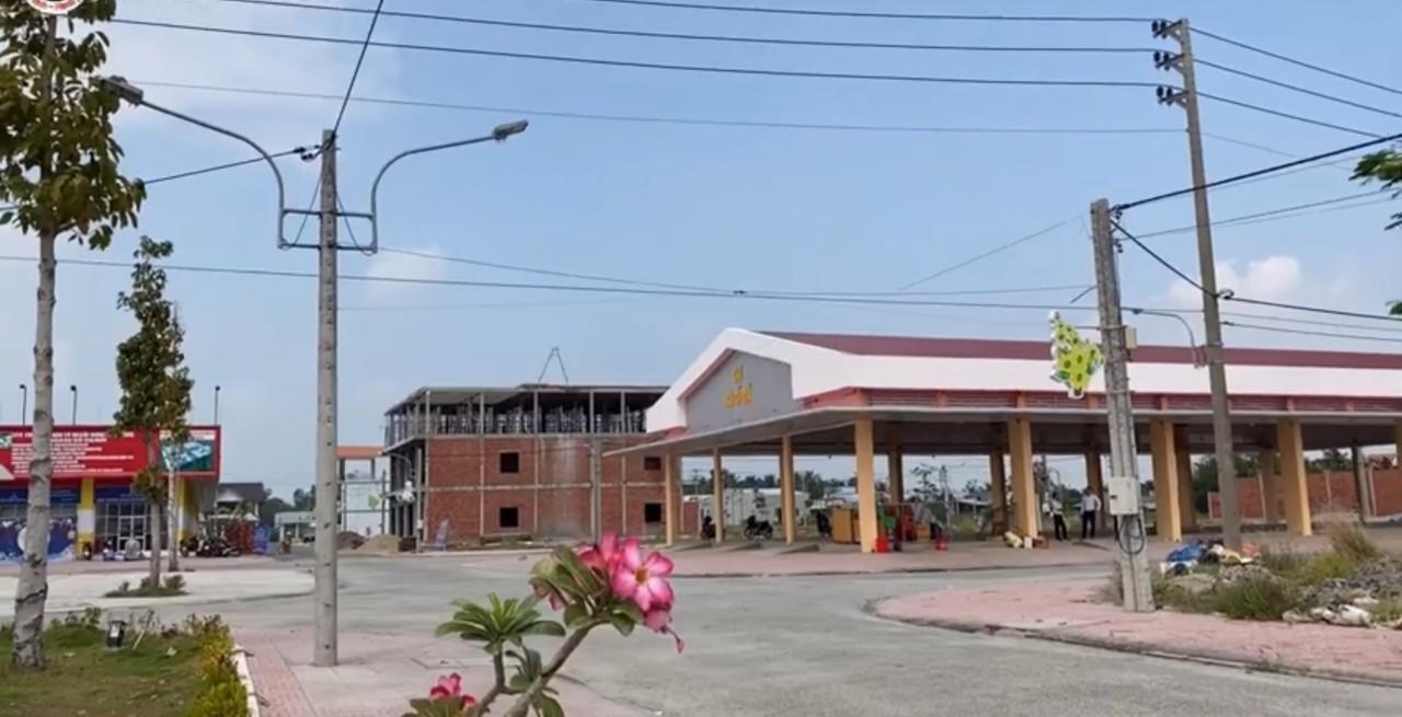 Khu chợ truyền thống nhà lồng đã hoàn thành xây dựng.