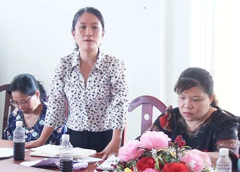 Nguyễn Thị Trúc Giang Chủ tịch Hội LHPN thành phố kết luận buổi làm việc.