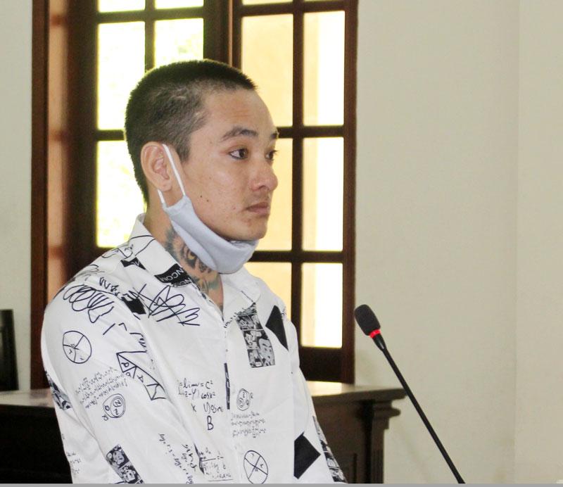 Bị cáo Mai Văn Minh tại phiên tòa.