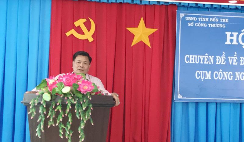 Phó Chủ tịch UBND tỉnh Nguyễn Hữu Lập phát biểu tại hội nghị