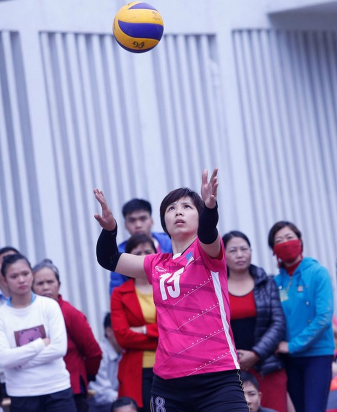Bùi Thị Huệ vẫn thi đấu bởi tình yêu dành cho bóng chuyền